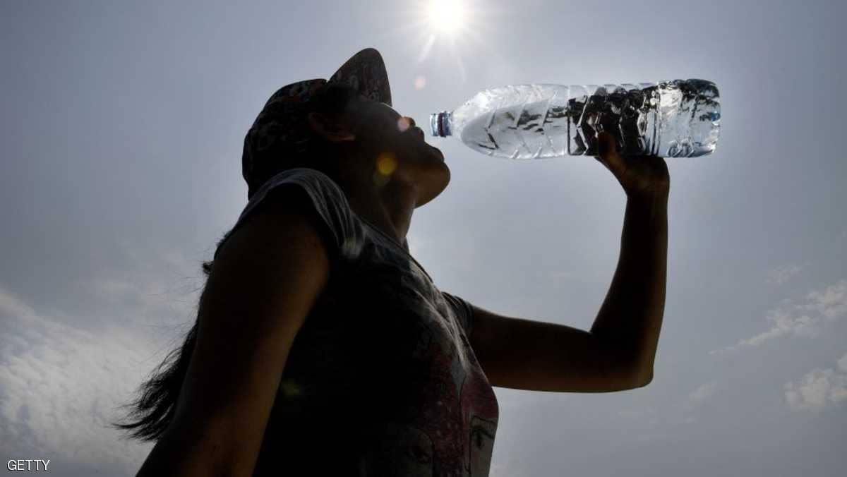 Photo of أيهما أفضل للصحة.. الماء البارد أم الفاتر؟