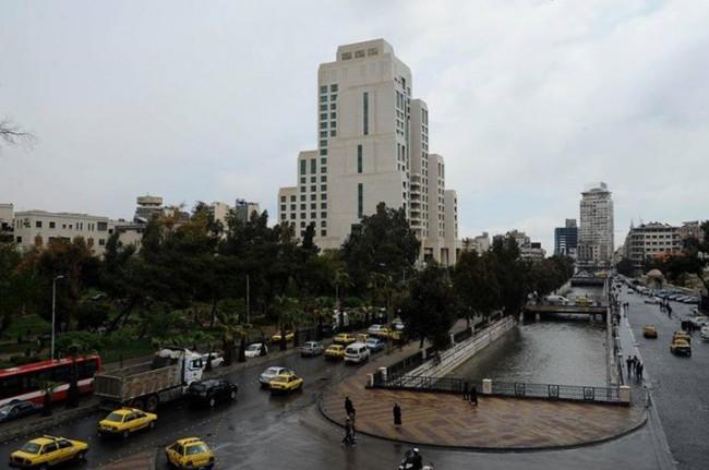 Photo of تراجع إحتمالات الأمطار مُؤقتاً يوم الإثنين وحتى عصر الثلاثاء