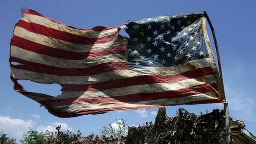 Photo of مجلة أمريكية: أمريكا على أبواب الإفلاس