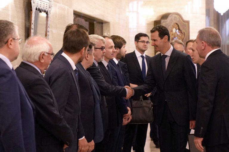 Photo of وفد روسي بضيافة الأسد لبحث تطوير العلاقات الاقتصادية