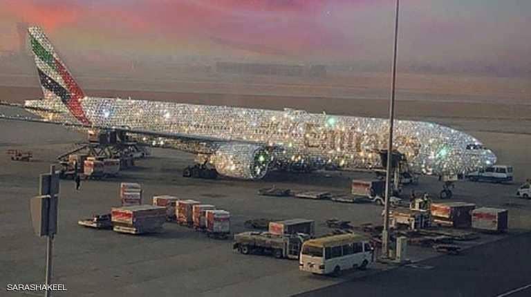 Photo of ما قصة الطائرة الإماراتية المرصعة بالألماس؟