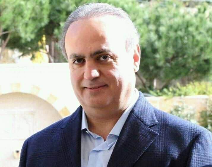 Photo of وهاب ينعي مرافقه: وعدي لك بأن يكون دمك ثقيلاً على مثلث الإجرام