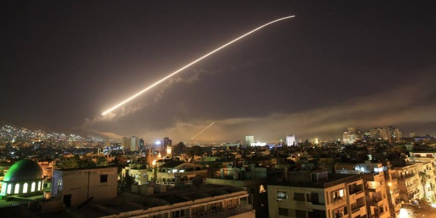 Photo of Army Air defenses confront hostile missiles in the airspace of Damascus Vicinity
