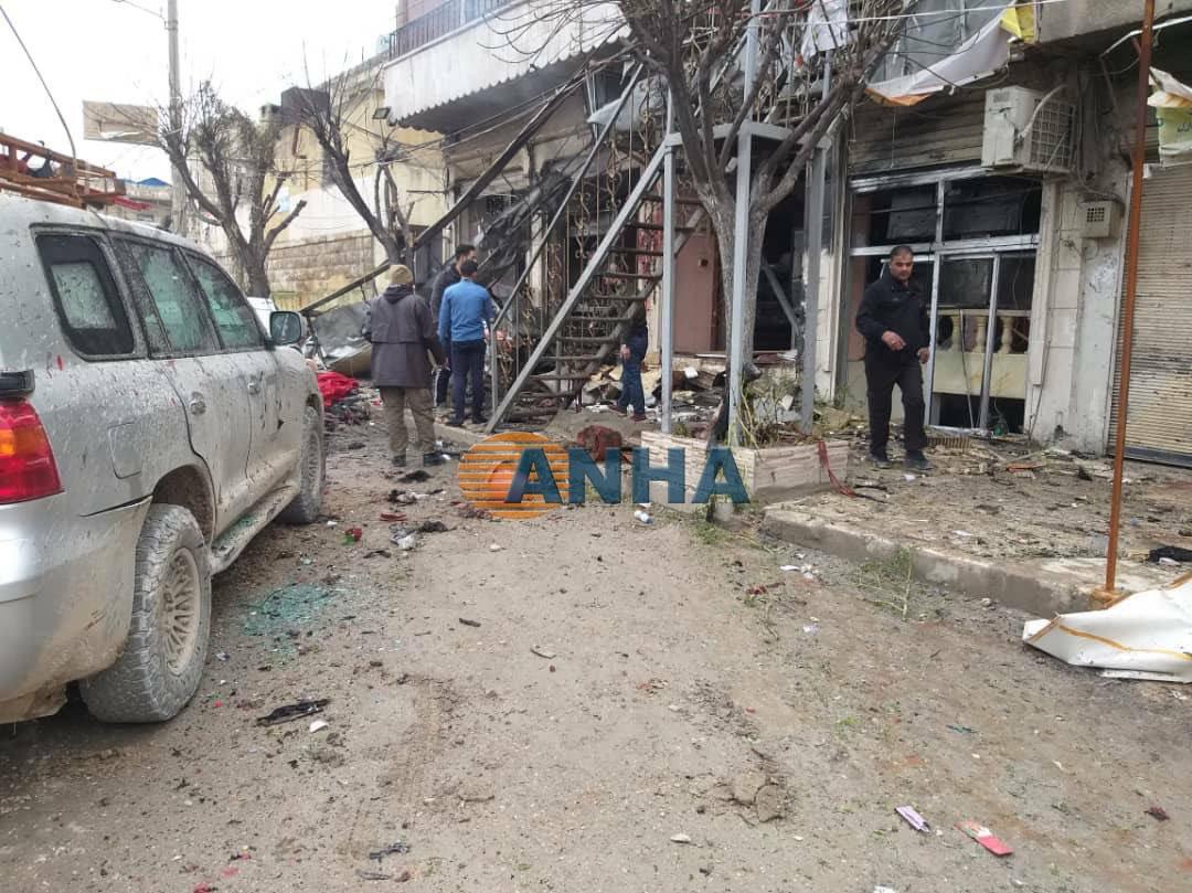 Photo of أنباء عن مقتل 4 جنود أمريكيين بانفجار وقع بمنبج السورية