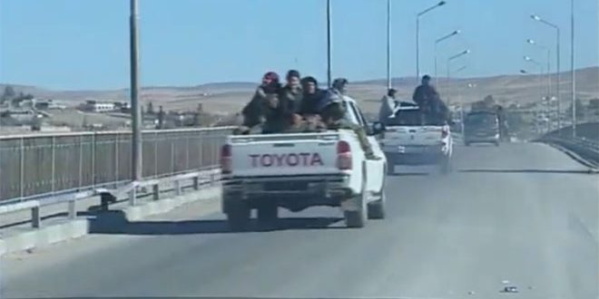 Photo of Convoy of Kurdish combat units withdraw from Menbej to east of Euphrates