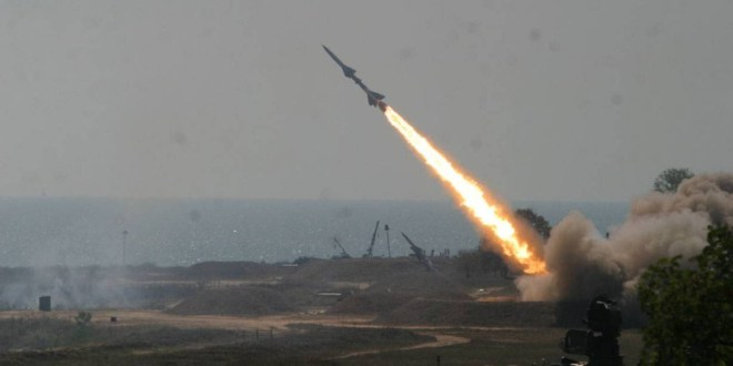 Photo of Syrian air defenses confront Israeli attack, prevent it from achieving its objectives