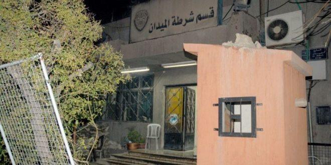 Photo of القبض على شخص استغل صفته الأمنية ليروع ويبتز سكان الميدان بدمشق على مدى ٦ سنوات