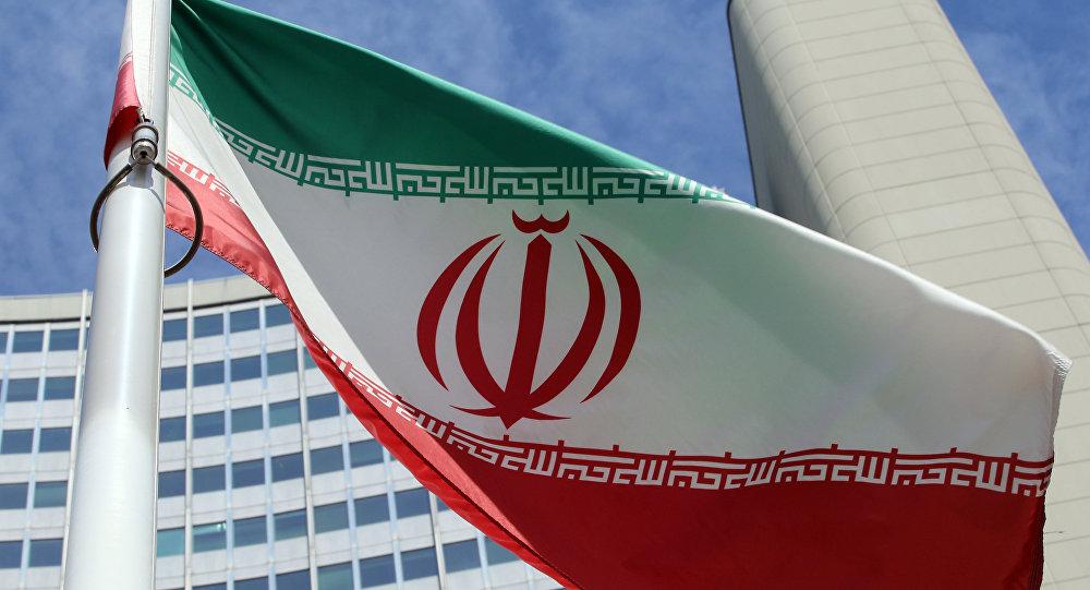 "Photo of إيران تتوعد بالانتقام لضحايا التفجير الذي استهدف ""الحرس الثوري"""