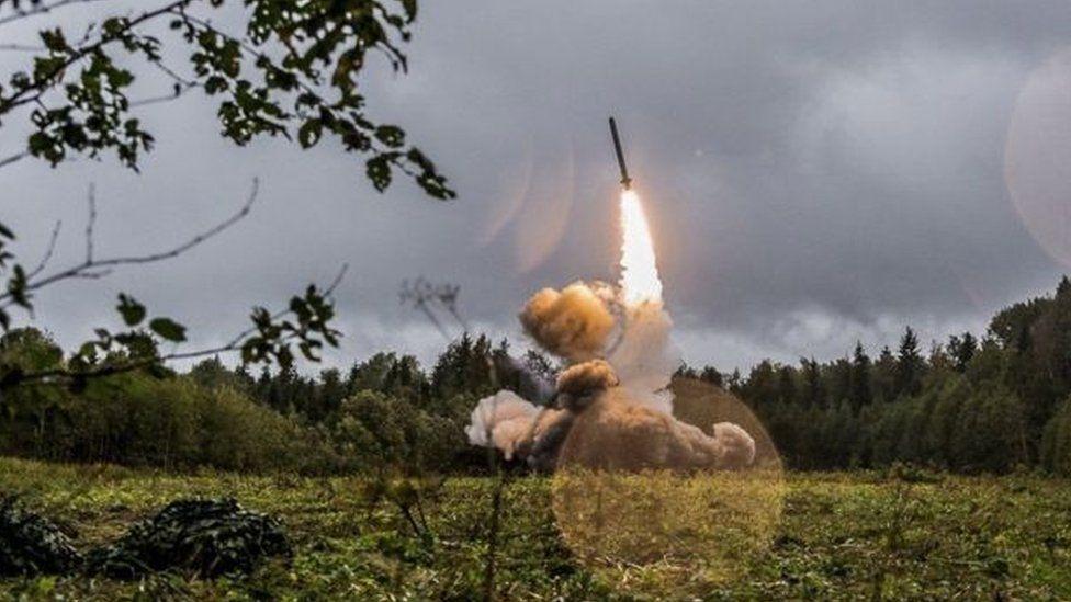 Photo of واشنطن تعلن رسميا تعليق التزامها بمعاهدة القوى النووية المتوسطة