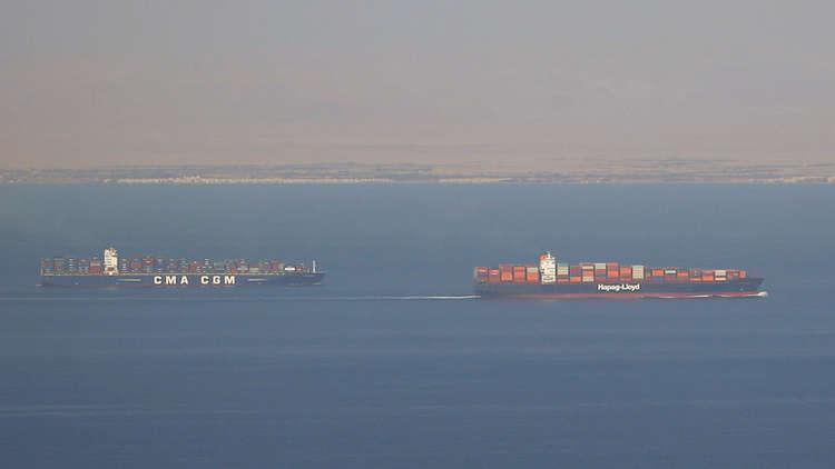 Photo of مصر تنفي منعها سفن محملة بالنفط كانت متجهةً إلى سوريا