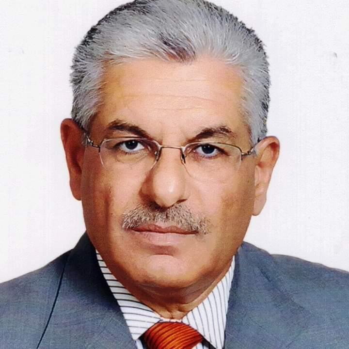 Photo of الدكتور المهندس طاهر رجب قدار يصدر كتاب المواد الأولية النسيجية الطبيعية الأول من نوعه في الجامعات السورية