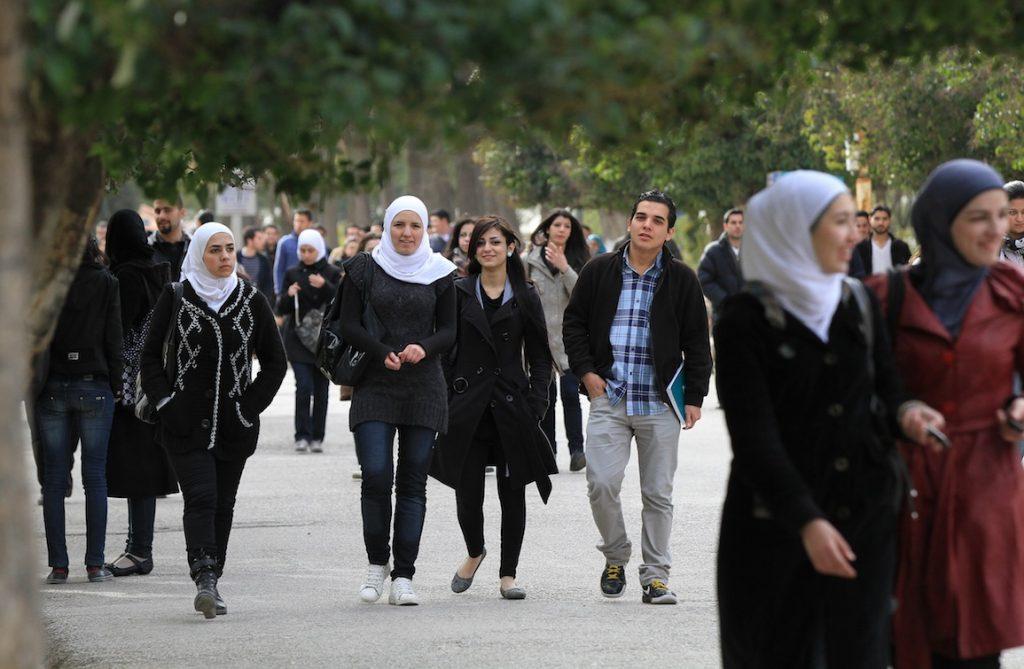 Photo of منح دراسيّة أندونيسية للطلاب الجامعيين والموظفين السوريين
