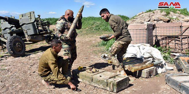 Photo of الجيش يرد على خروقات المجموعات الإرهابية بريف حماة