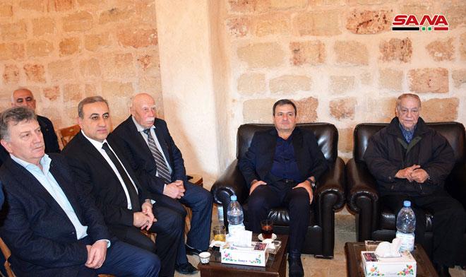Photo of بتكليف الأسد… محافظ اللاذقية يقدم التعازي بوفاة اللواء عيد العلي