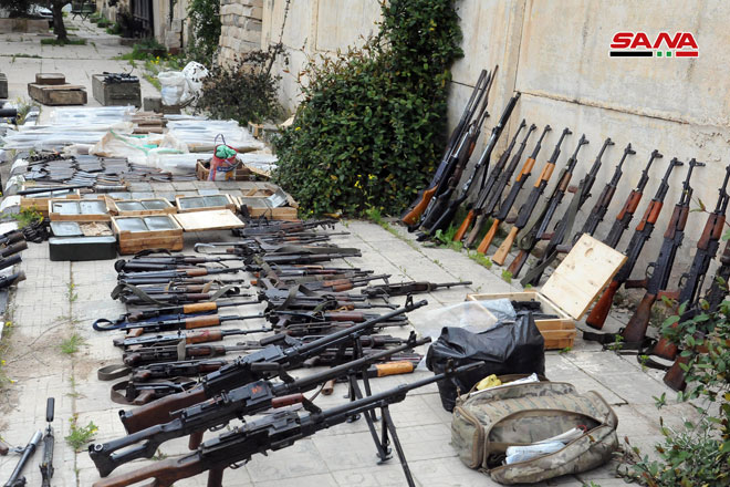Photo of العثور على أسلحة وذخيرة بعضها إسرائيلي في انخل والحارة بريف درعا