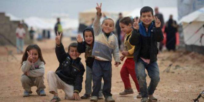 خلال 24 ساعة… سورية تستقبل أكثر من 700 شخص من أبنائها الذين عادوا إليها