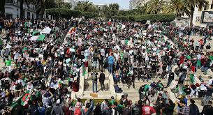 Photo of تظاهرات في الجزائر للجمعة السادسة تطالب بالتغيير والاصلاح