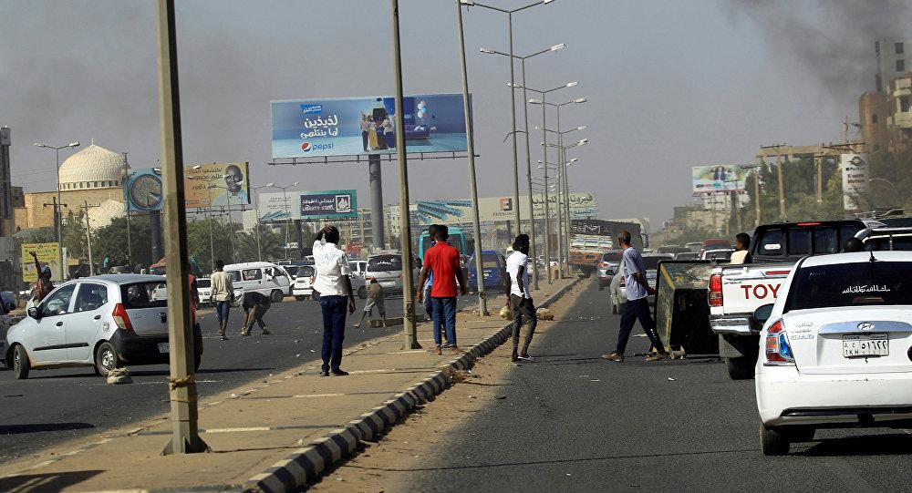 Photo of حملة اعتقالات واسعة في السودان تطول شخصيات مقربة من البشير