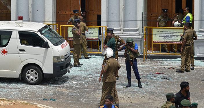 Photo of سريلانكا… السلطات تناشد المواطنين تجنب المساجد والكنائس خوفا من هجمات جديدة