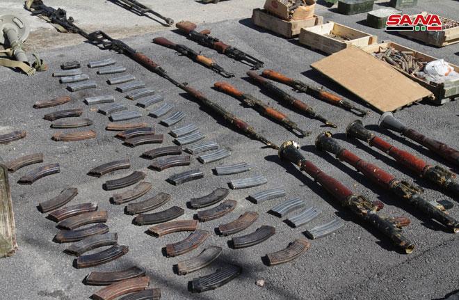 Photo of بالصور- أسلحة وذخائر أمريكية في عربين والضمير بريف دمشق