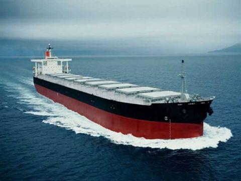 Photo of النفط: وصول ناقلة للتكرير تحمل 30 ألف طن