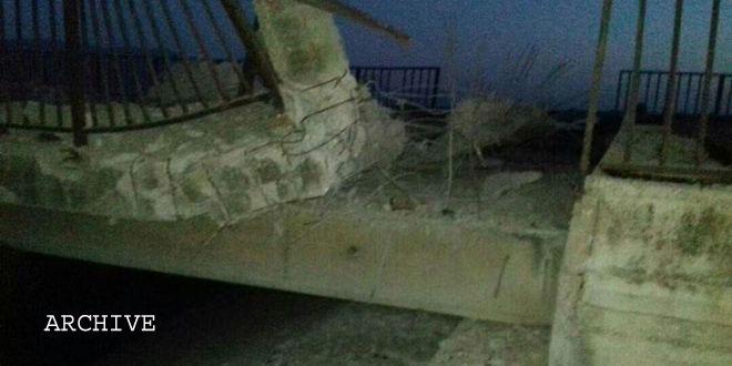 Photo of Terrorists destroy al-Twinah bridge in Hama northern countryside