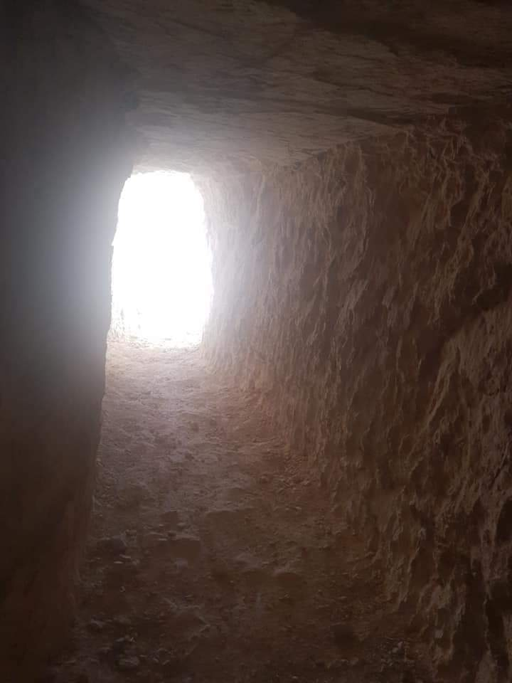 Photo of Syrian Arab Army units seize large network of tunnels, heavy weapons in Kafr Sajnah in Idleb countryside