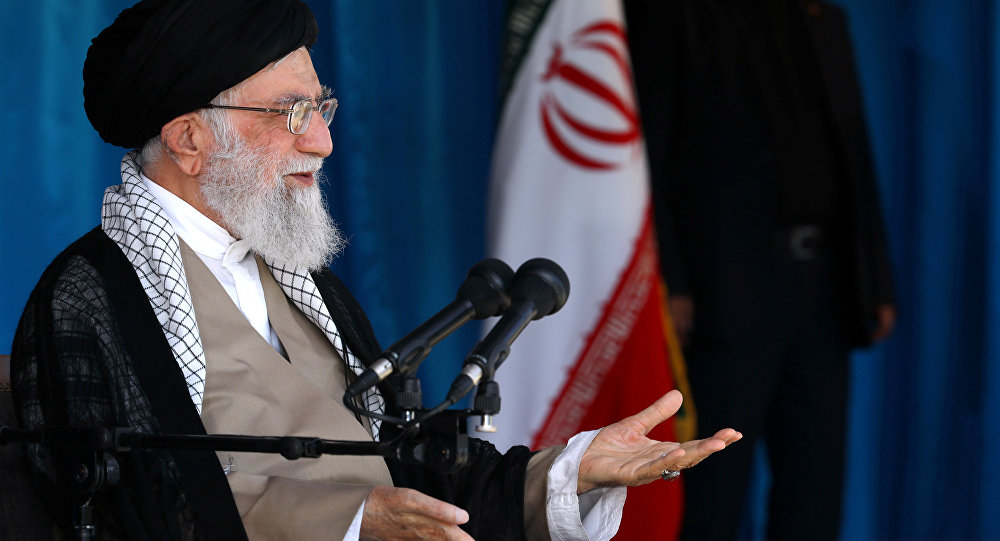 "Photo of خامنئي: لا نسعى وراء السلاح النووي، ليس بسبب الحظر وأمريكا بل من منطلق مبادئنا إذ نعتبره حراماً من الناحية الفقهية والشرعية"""