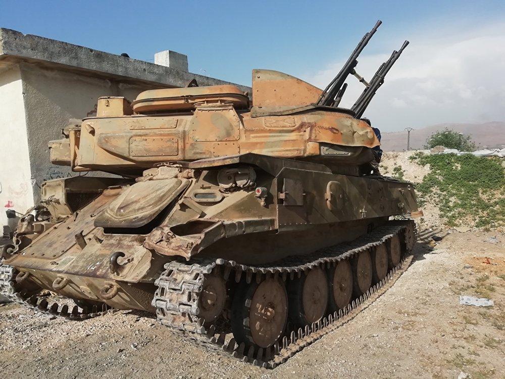 Photo of Syrian Arab Army destroys Jabhat al-Nusra dens in Hama northwestern countryside