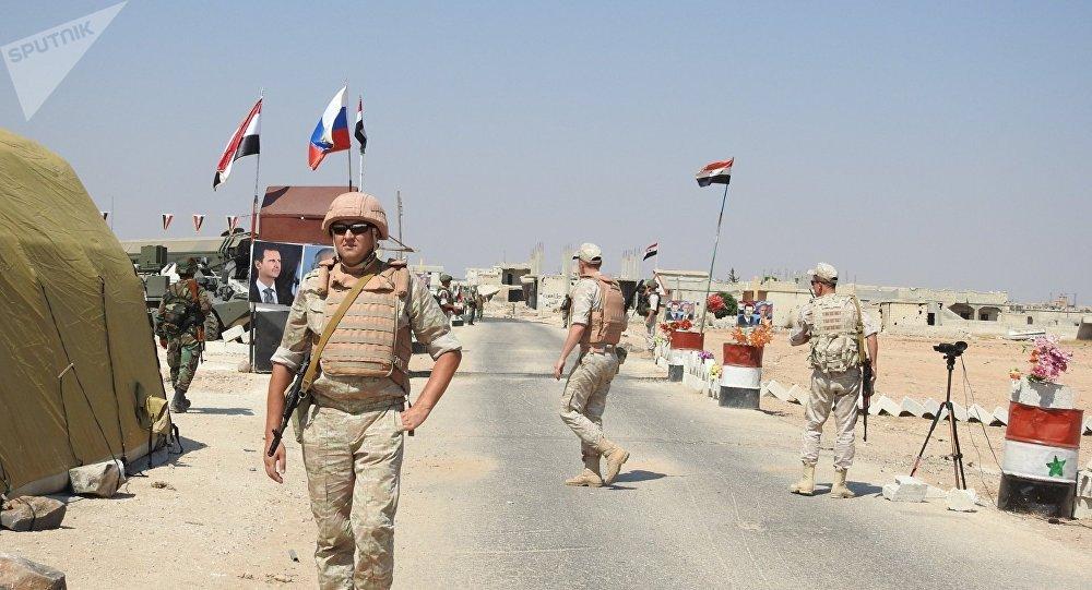 """Photo of مصدر عسكري سوري: """"هدنة"""" في إدلب تزامنا مع افتتاح ممرين إنسانيين"""