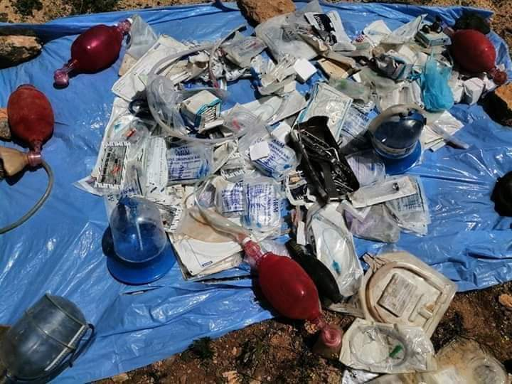 Photo of Field hospital, explosives and mortar shells left behind Daesh terrorists found in Sweida desert