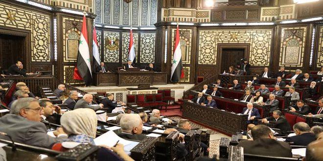 Photo of مطالب بتثبيت العمال المؤقتين والتوسع بالمساحات الخضراء