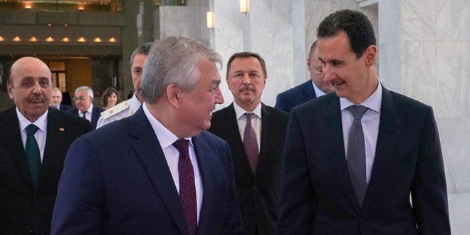"Photo of لافرنتييف يٌطلع الرئيس الأسد على نتائج المباحثات ""الروسية- العراقية – اللبنانية""حول مكافحة الإرهاب"