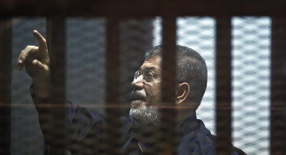 Photo of وفاة الرئيس المصري المعزول محمد مرسي أثناء محاكمته