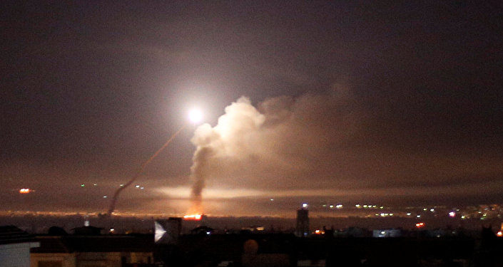 Photo of Syrian air defenses confront Israeli attack on countryside of Damascus and Quneitra