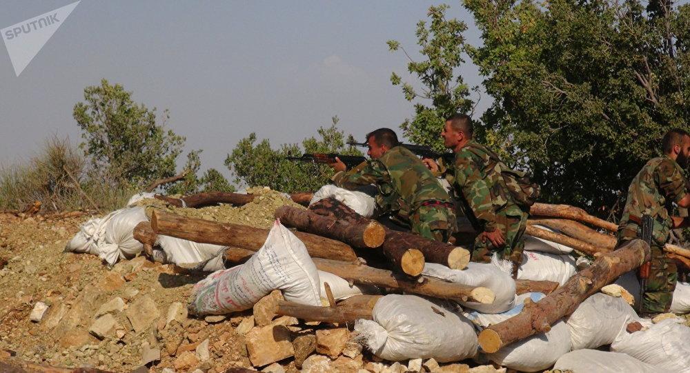 Photo of مركز المصالحة: مقتل 140 إرهابي بمحاولة هجوم على مواقع الجيش السوري أمس واليوم