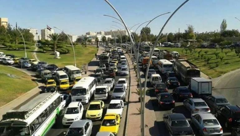 Photo of مشروع قانون لإلغاء الرسوم على المركبات السورية المغادرة