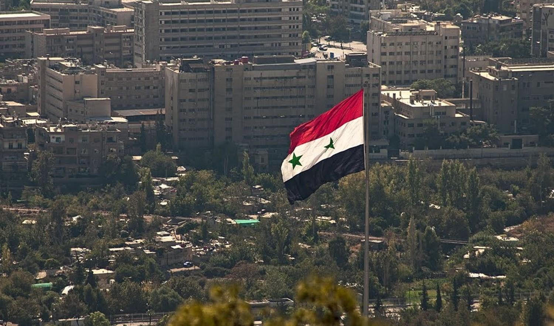 Photo of مصدر إعلامي ينفي ما يتم اشاعته عن عودة العلاقات بين دمشق وحركة حماس