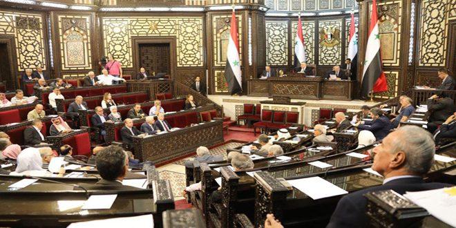 Photo of البرلمان السوري.. يتجه لدعم الأوائل في المعاهد بوظائف دون مسابقة