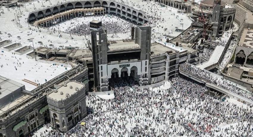 Photo of السعودية تقرر وقف العمرة دون ذكر أسباب