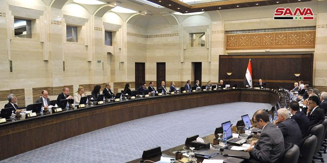 Photo of الحكومة تُقر التعليمات التنفيذية للمرسوم التشريعي الخاص بمنح (بطاقة جريح وطن)