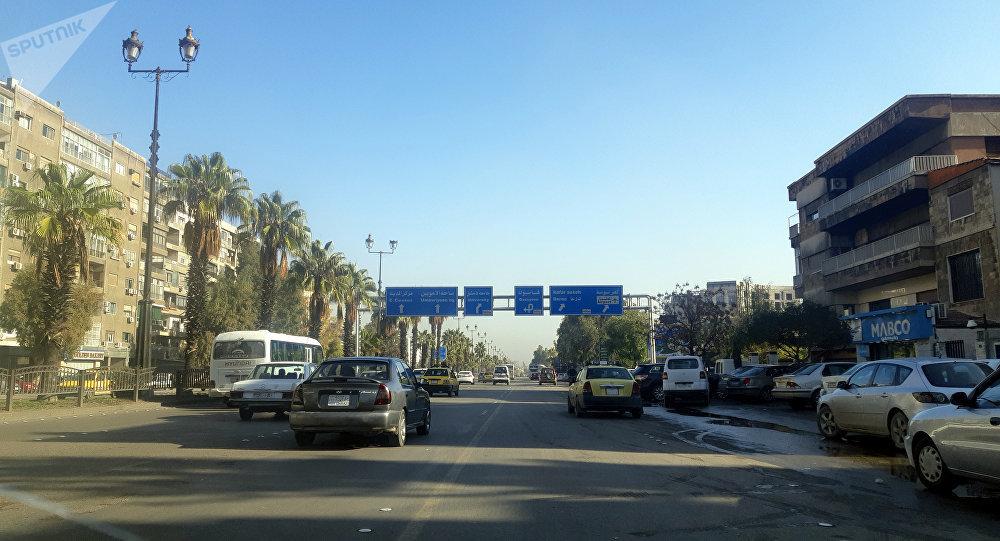 """Photo of عملية سطو مسلح على شركة """"الهرم"""" للحوالات في دمشق… والأمن يبدأ البحث"""
