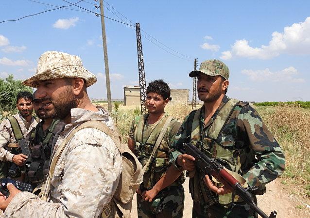 Photo of انتحاريين وعربات مفخخة بريف حماة.. والجيش يُفشل العملية