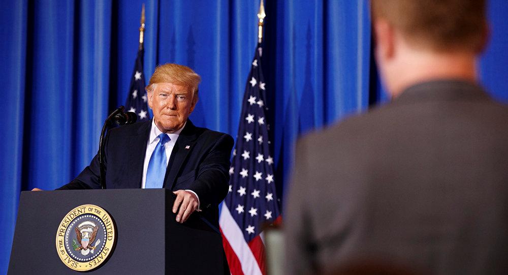 "Photo of ترامب يهدد.. حملات اعتقال المهاجرين تبدأ ""قريبا جدا"""
