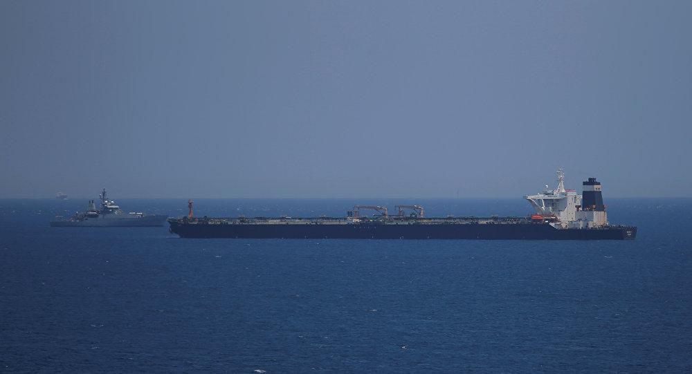 Photo of بريطانيا: حكومة جبل طارق مستعدة لتسهيل الإفراج عن الناقلة الإيرانية