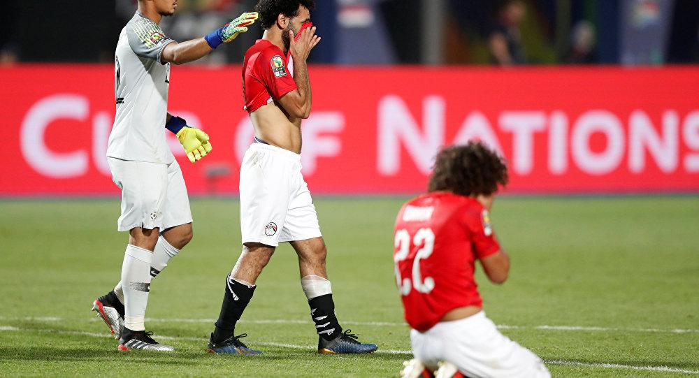 "Photo of نائب رئيس اللجنة المنظمة تتهم لاعبي منتخب مصر بـ""التخاذل والرعونة"""
