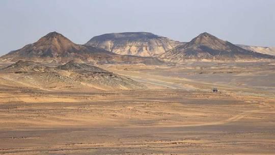 Photo of مصر.. بدء إنتاج النفط من الصحراء الغربية
