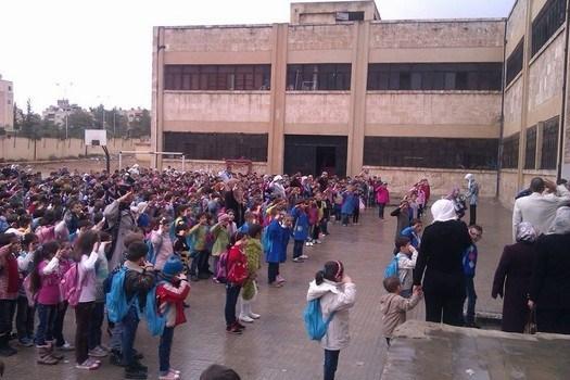 """Photo of """"اليونيسيف"""" تبحث ترميم المدارس في حلب"""