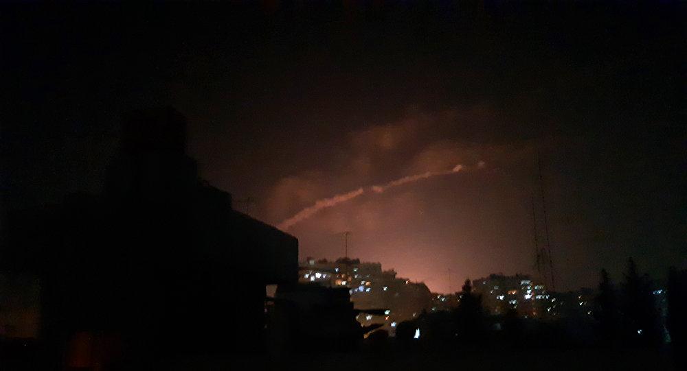 Photo of الدفاعات الجوية تُدمر هدف معادي بمصياف