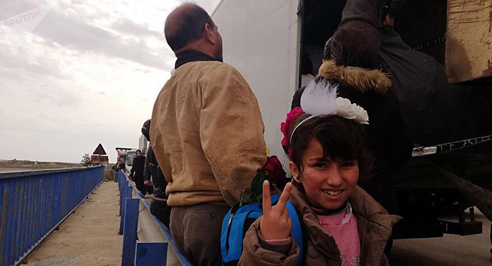Photo of عودة أكثر من 1.4 ألف لاجئ إلى سوريا